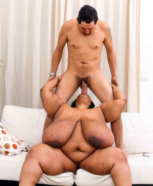330 pounds black BBW with huge hanging..
