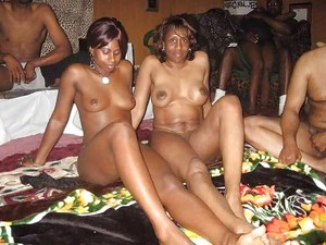 Ebony swingers posted pictures of..