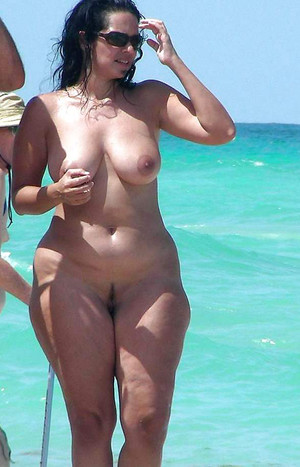 Black nudist! Public nude old black..