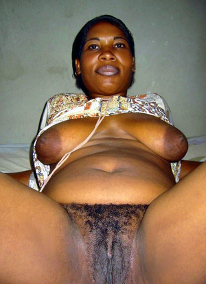 You guys want a fat ebony cutie, you..